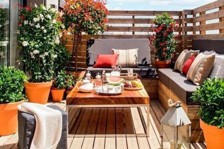 Aménager son balcon : les astuces de votre pépiniériste paysagiste en Provence