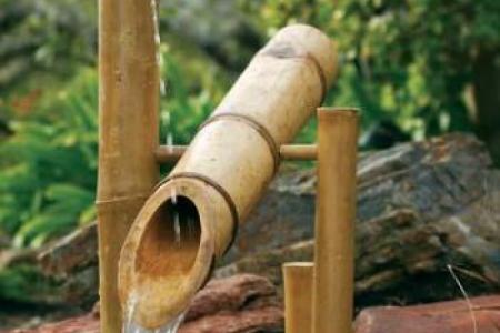 Fontaine en Bambous