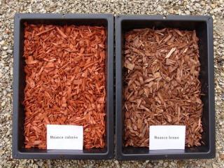 Copeaux de bois colorés