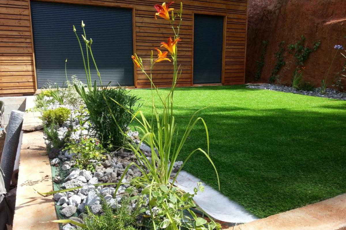 paysagiste p pini riste marseille cr ation jardin vente plantes aix en provence. Black Bedroom Furniture Sets. Home Design Ideas