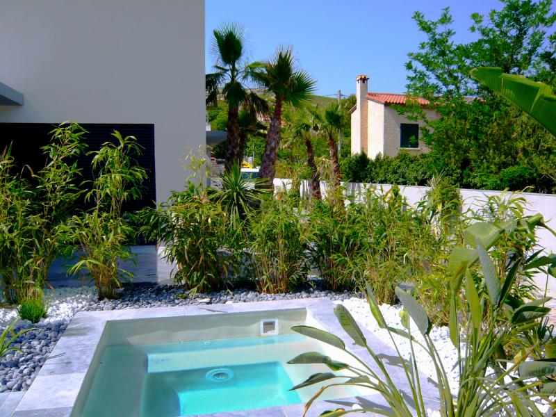 Am nagement piscine th me de jardins marseille 13 aix for Amenagement jardin piscine
