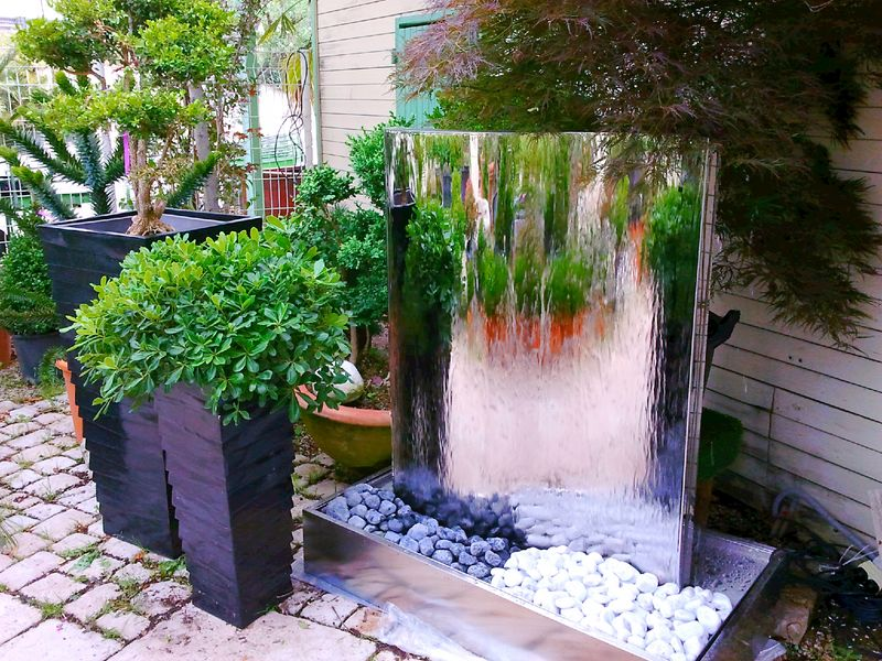 fontaine cascade jardin exterieur trendy fontain de jardin lovely fontaine de jardin wasserfall. Black Bedroom Furniture Sets. Home Design Ideas